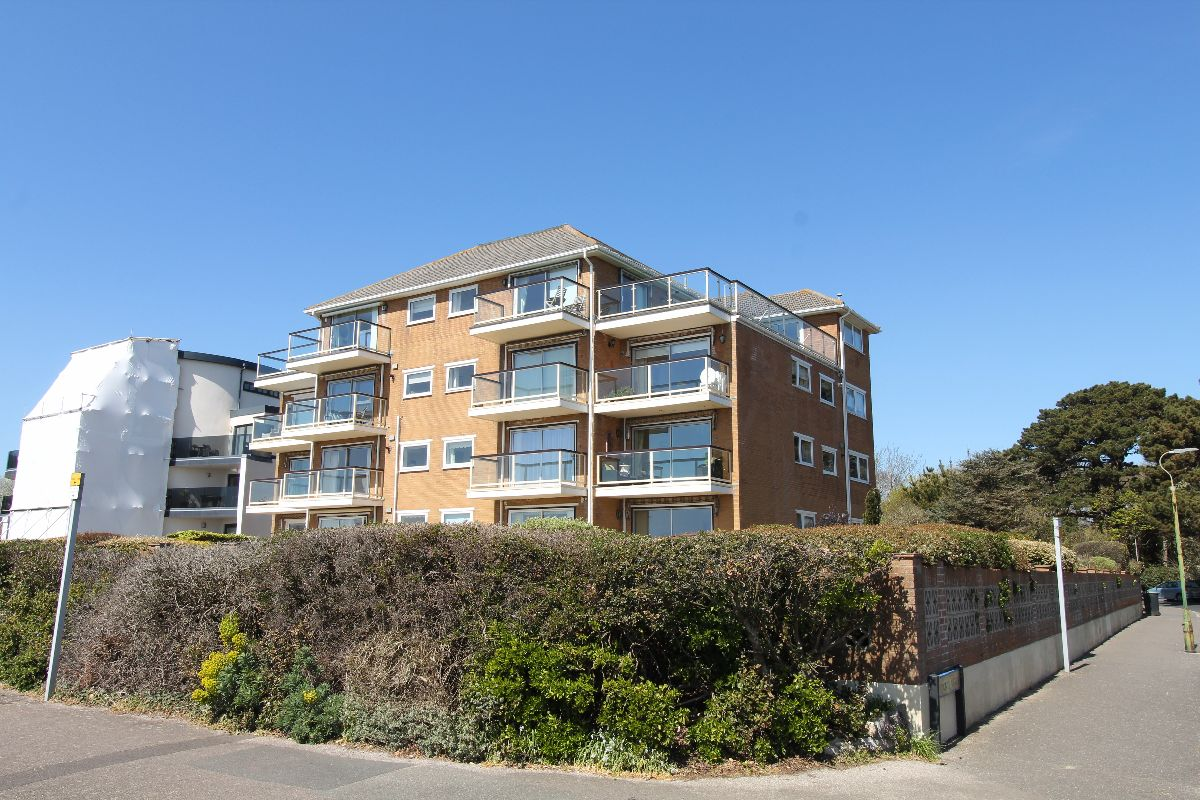 Boscombe Overcliff Drive, Bournemouth
